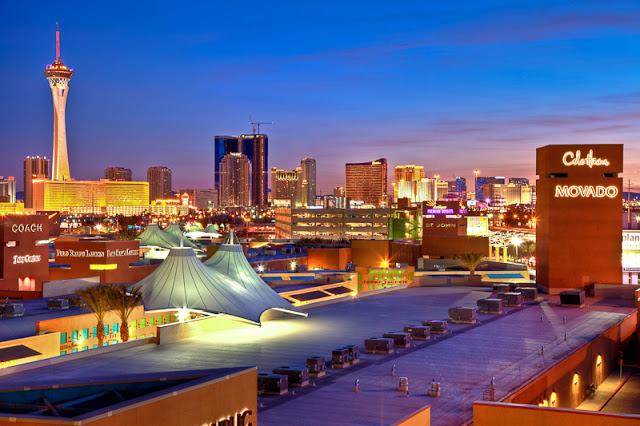 Las-Vegas-Premium-Outlets-3